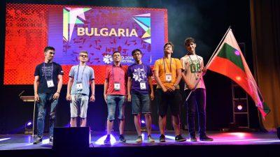 С пет сребърни и един бронзов медал се завръща българският отбор от международната олимпиада по математика